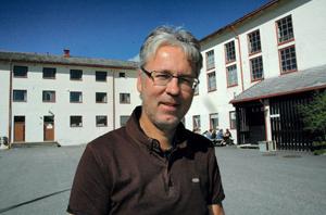 Rektor Helge Kjøll jr. ved Molde Folkehøgskole