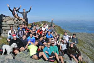De fleste elevene på tur  på Reinsfjellet