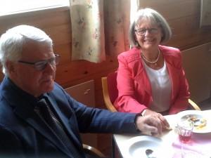 Martha og Edgar Paulsen sørget for tale og sang.