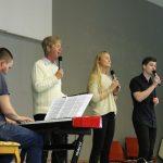 Årets huspianist Johannes Gjerde sammen med Knut Inge, Linn og Benjamin Røen under konserten lørdag kveld